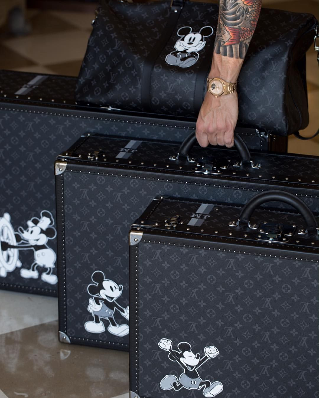 0ace9daf2e00 Vintage Mickey for Louis Vouitton!