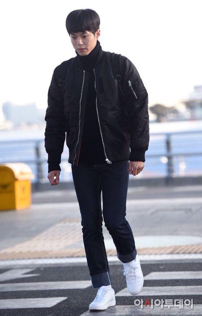Park Bo Gum Airport Style, Airport Fashion, Korean Celebrities, Korean  Actors, Bo