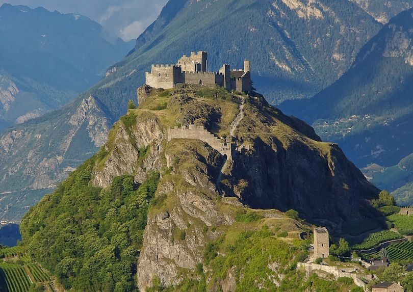 10 Most Beautiful Castles In Switzerland With Photos Map