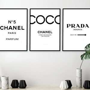 Set of 3 Inspired Coco Chanel Art Print Poster, Chanel Prints, Prada Prints, Prada Marfa Poster, Chanel Set, Chanel Decor, Chanel Print Set. 142 #deseniobilderwandwohnzimmer