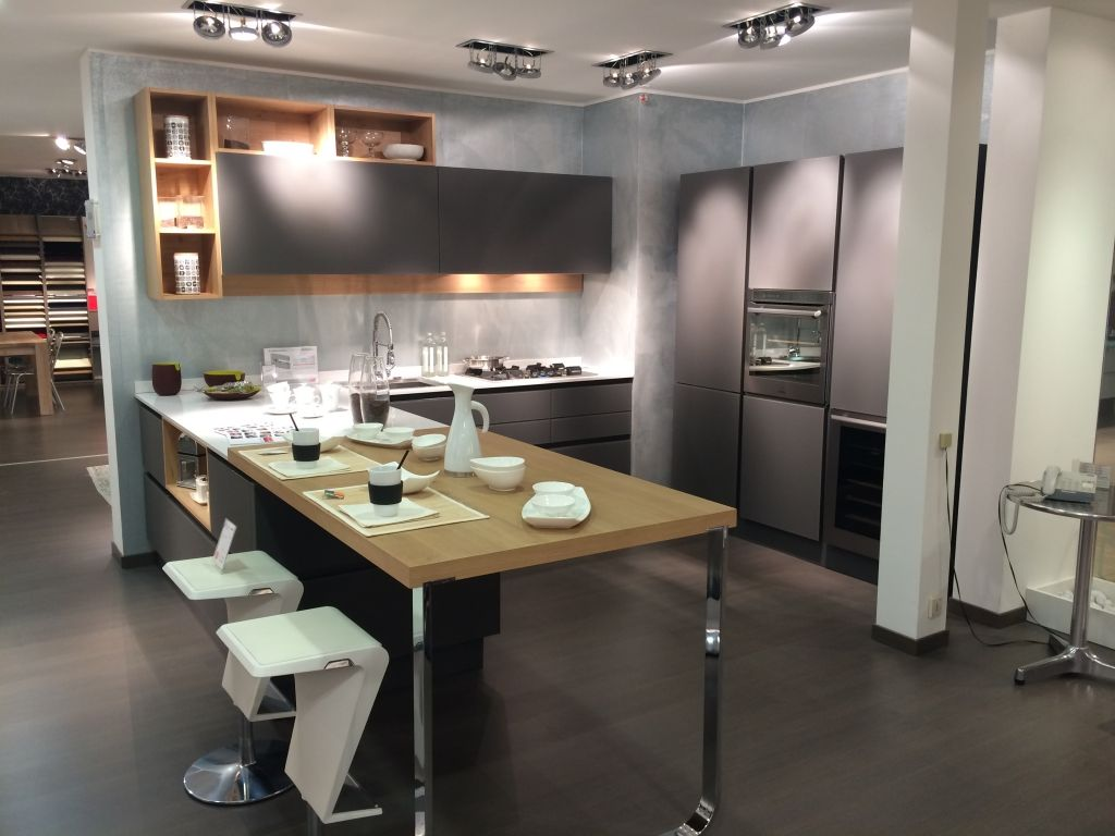 Cucina #Riflex di #VenetaCucine su www.outletmobili-italia.it ...