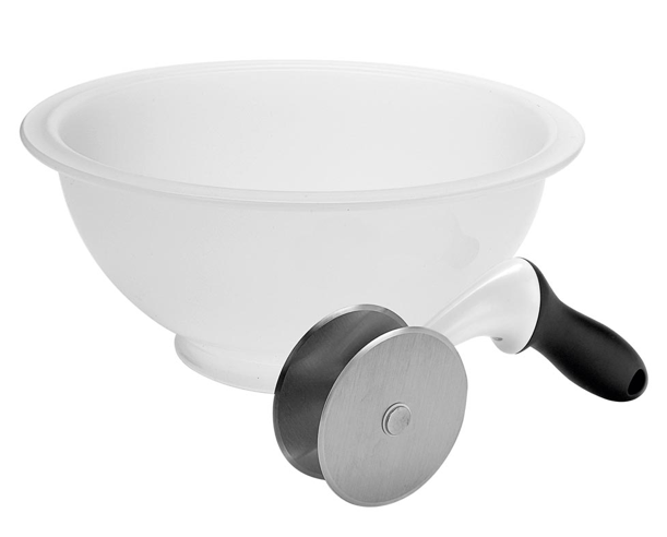 Giveaway: Salad Chopper with Bowl from OXO