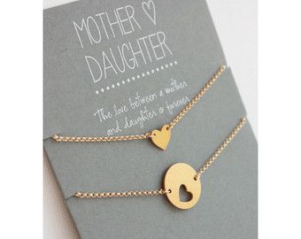 mother daughter bracelet set gold hearts mom bracelet mother 39 s day gift mother daughter. Black Bedroom Furniture Sets. Home Design Ideas