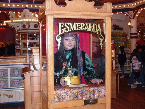Disneyland Main Street USA? | Inside the Penny Arcade there is an