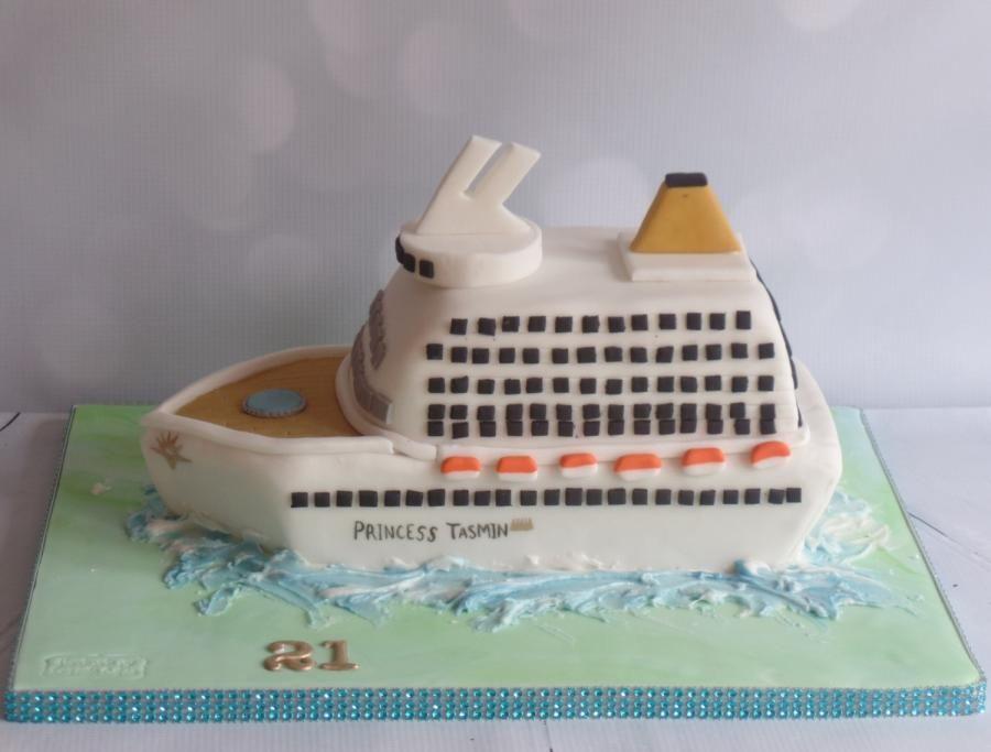 Cruise ship cake - Cake by Natalie Wells