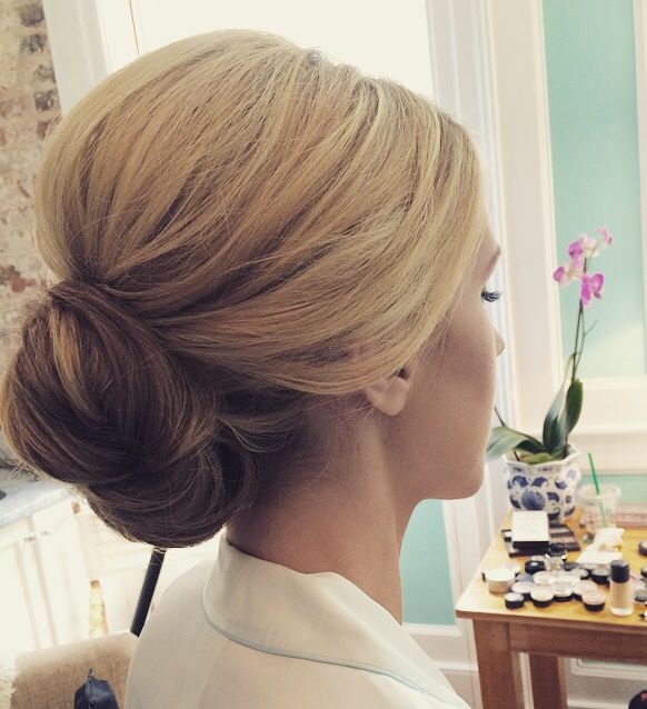 Chignon wedding hair bridal hair bun bridal chignon ash and co bridal hair by me - Chignon simple mariage ...