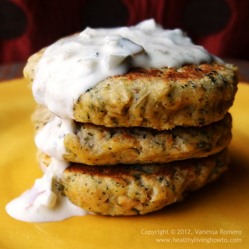 Easy Salmon Cakes with a Quick Tartar Sauce made from Macadamia Mayo