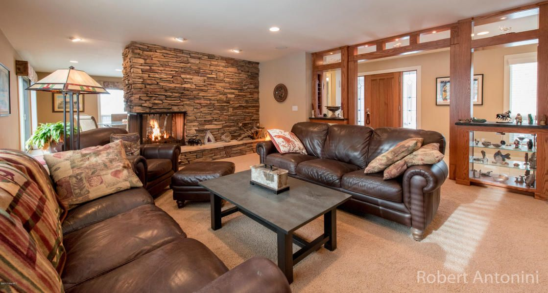 See ALL the photos at http://www.flexmls.com/share/jJnN/2601CascadeSpringsDriveSEGrandRapidsMI49546