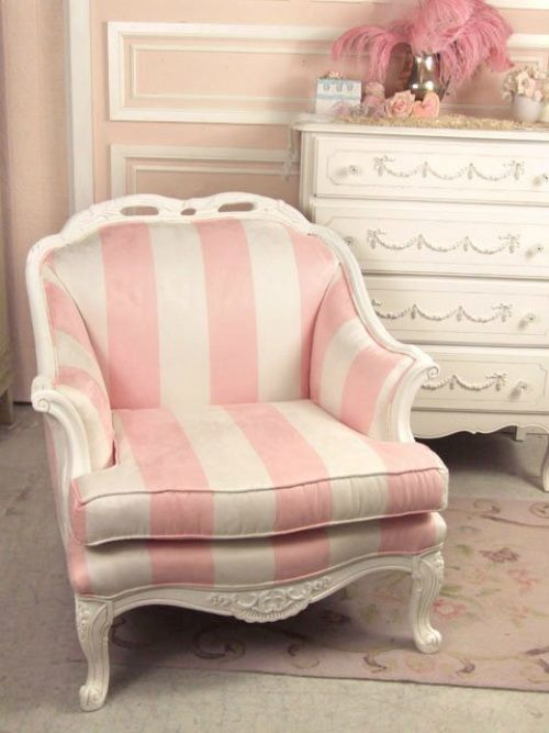 Pink And White Comfy Chair!