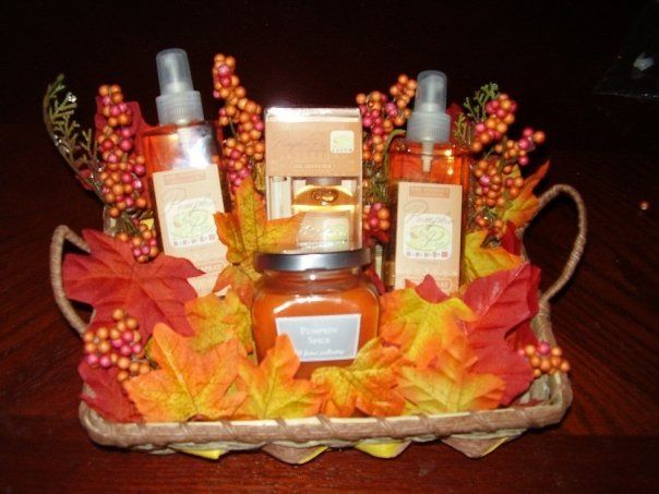 Thanksgiving gift basket decorations #spookybasketideas