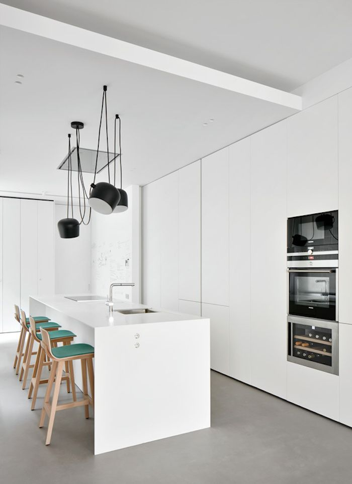 Marvelous The Interior Design Of The Kitchen Is Very Simple, Clean And Fresh With A  Few
