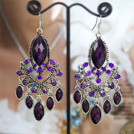 Perfection ;) Beautiful earrings for that perfect prom dress