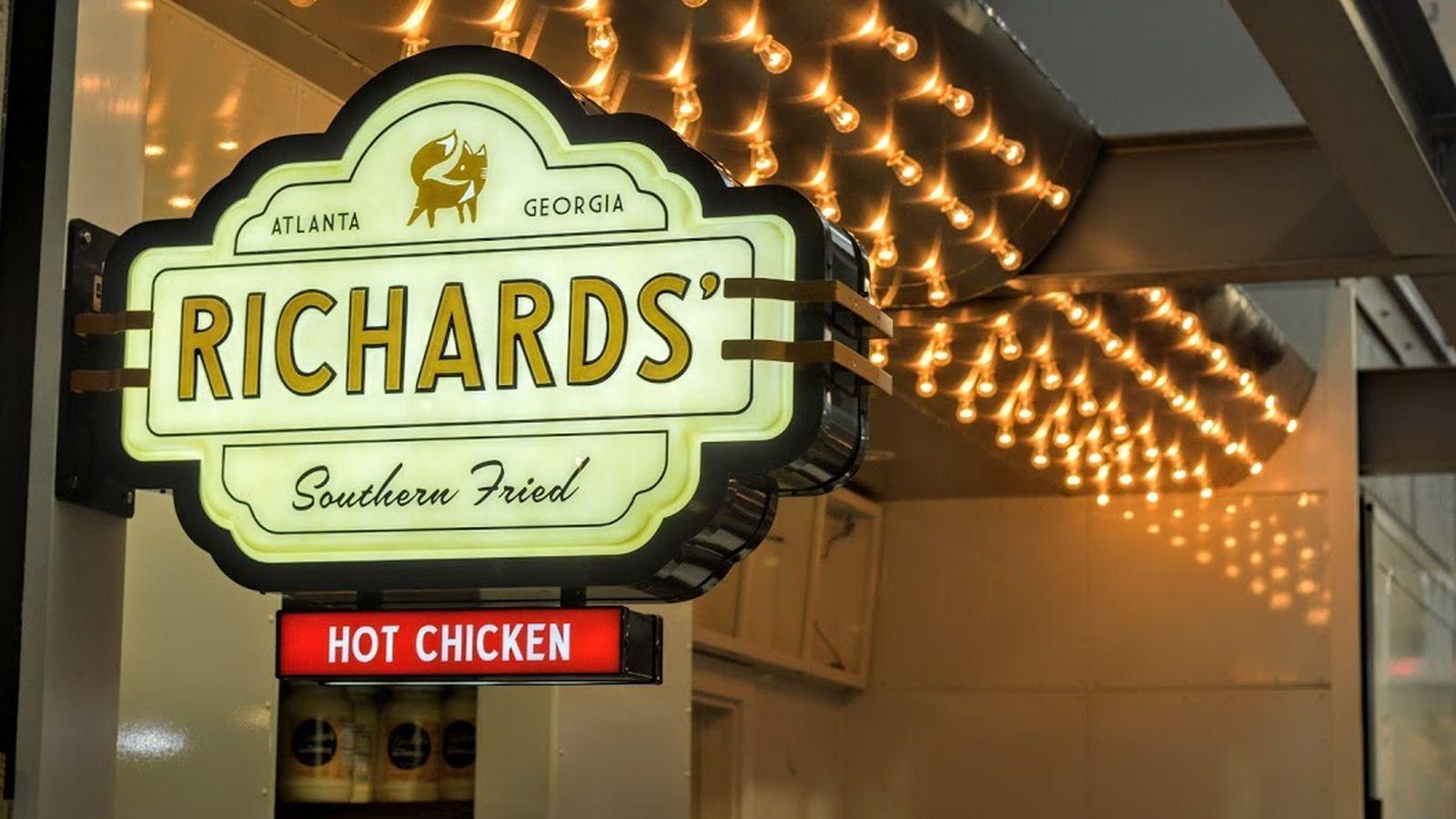 Richards' Southern Fried Atlanta restaurants, Hot