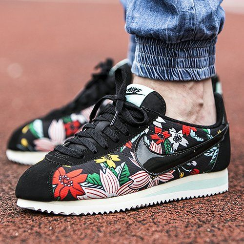 nike cortez with flowers