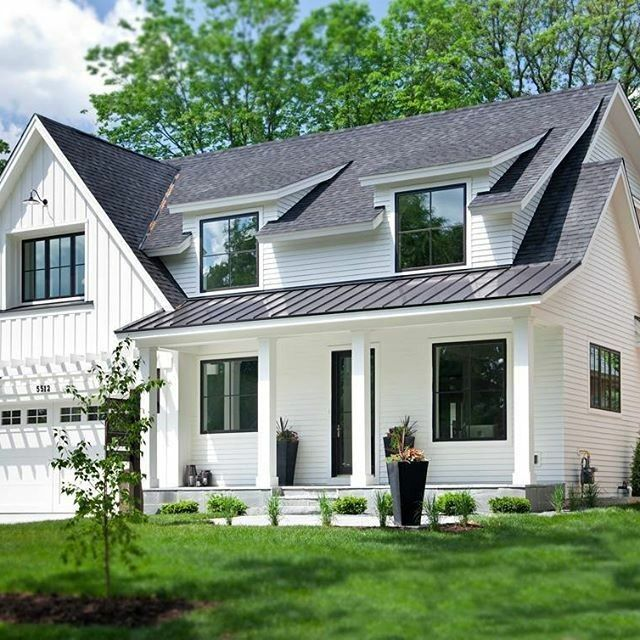 Roofing Shingles And Metal Modern Farmhouse Exterior Exterior House Colors House Designs Exterior