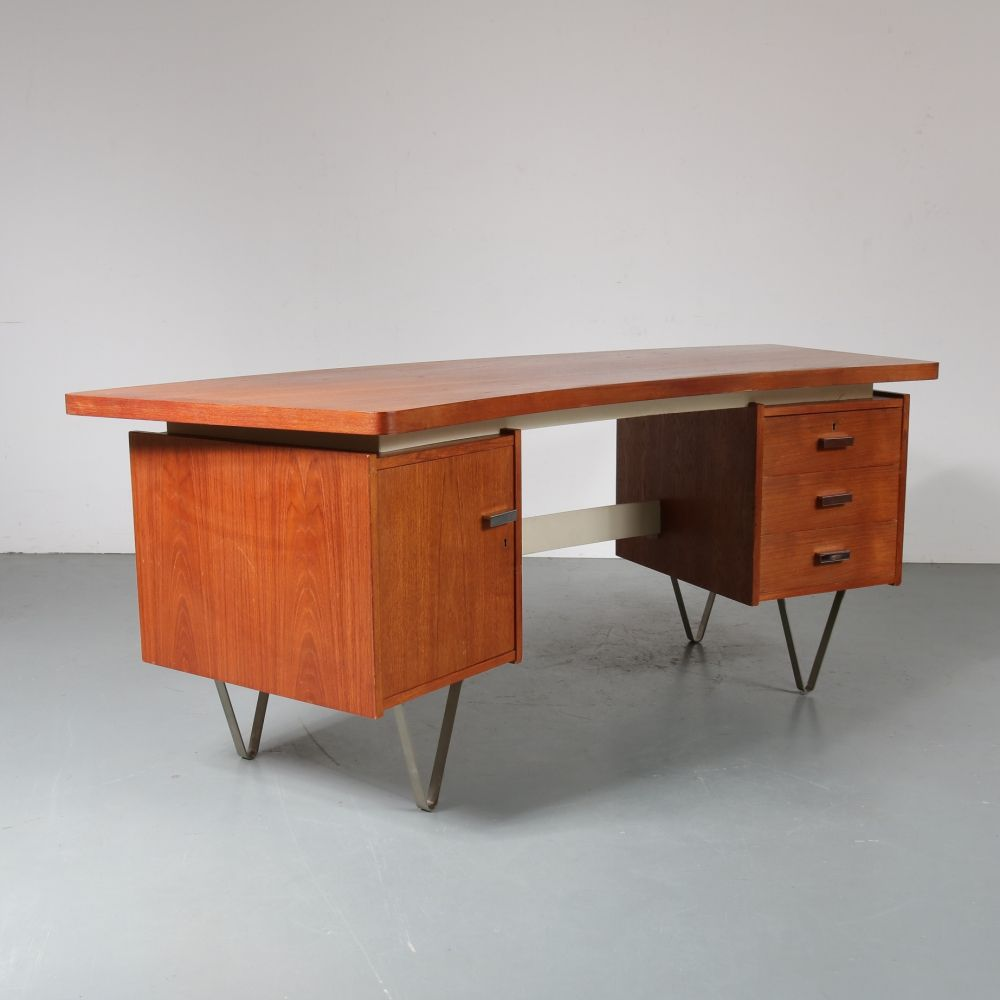For Sale Dutch President S Desk By Cees Braakman For Pastoe 1950s