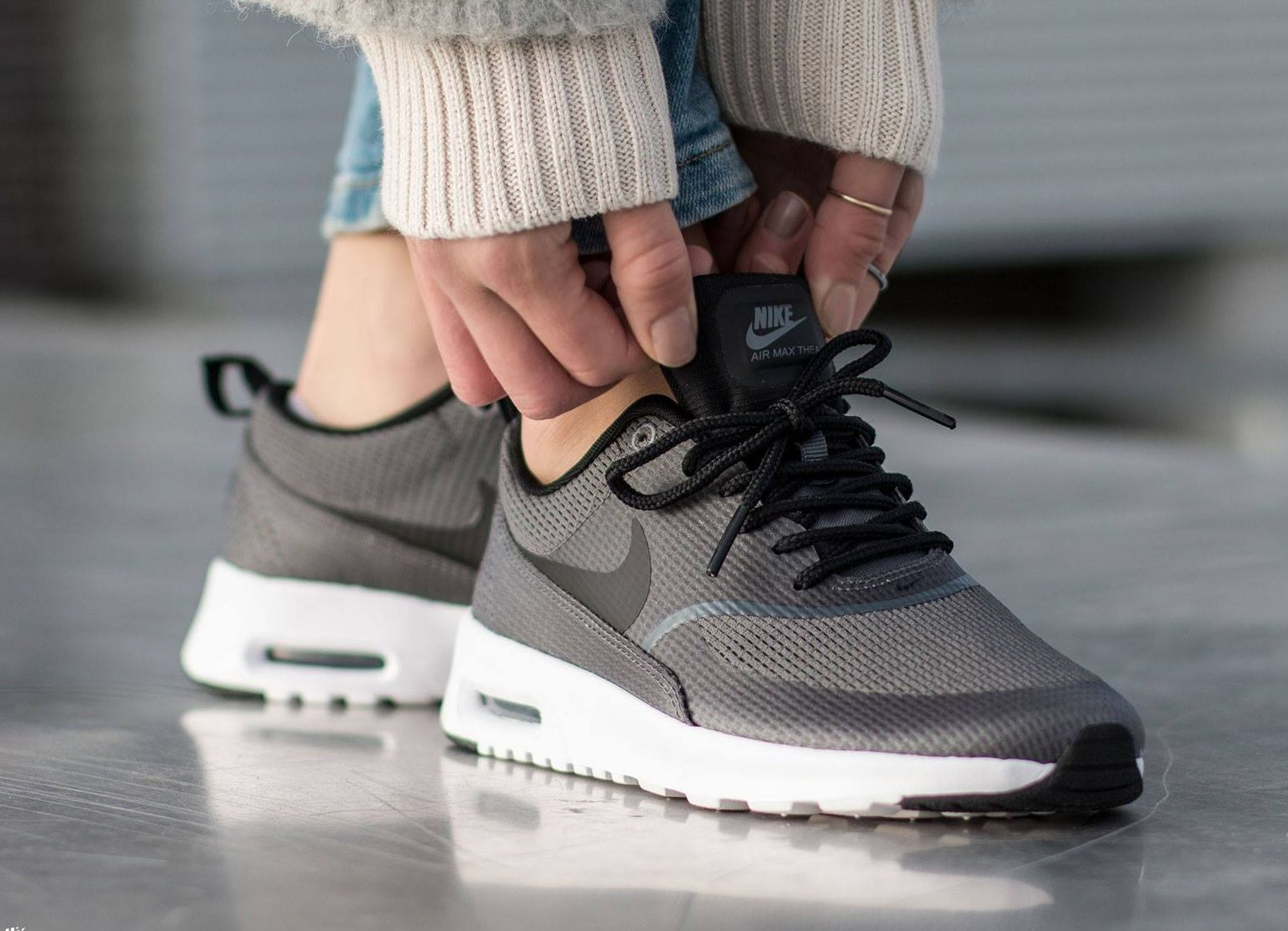 Nike Air Max Thea TXT: Dark Grey | süße Outfits | Nike