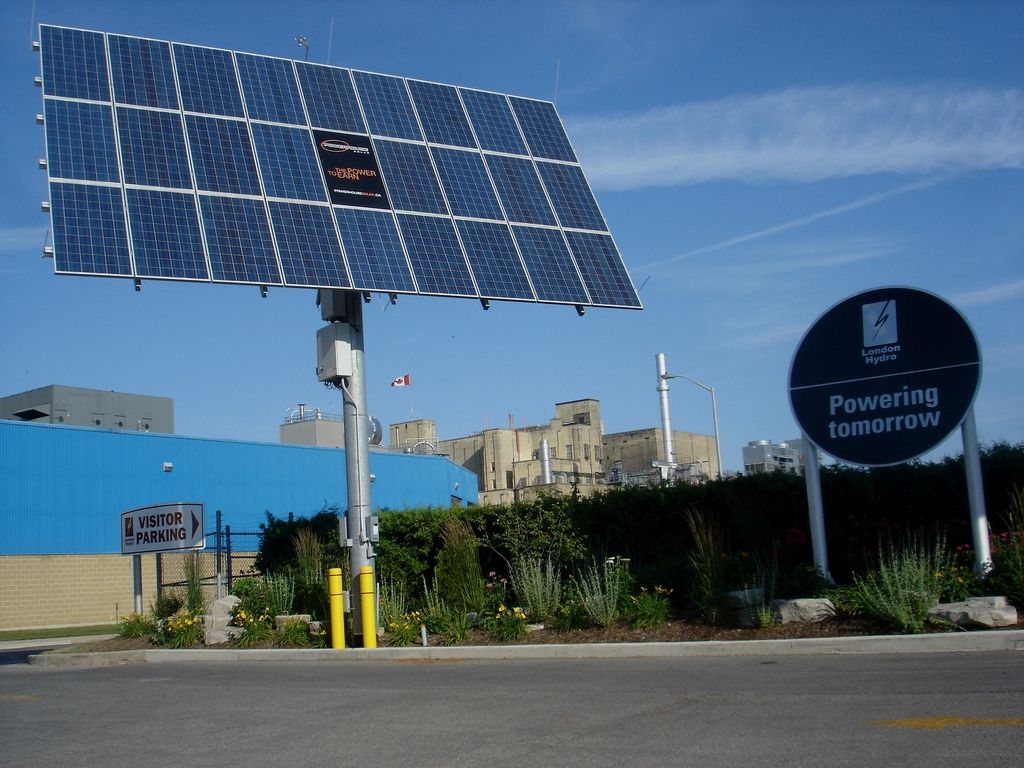 Must Have Ideas And Also Tips On Green Energy Solar Energy System Renewablesourcesofenergy Renewable Solar Solar Energy Panels Green Energy Solar