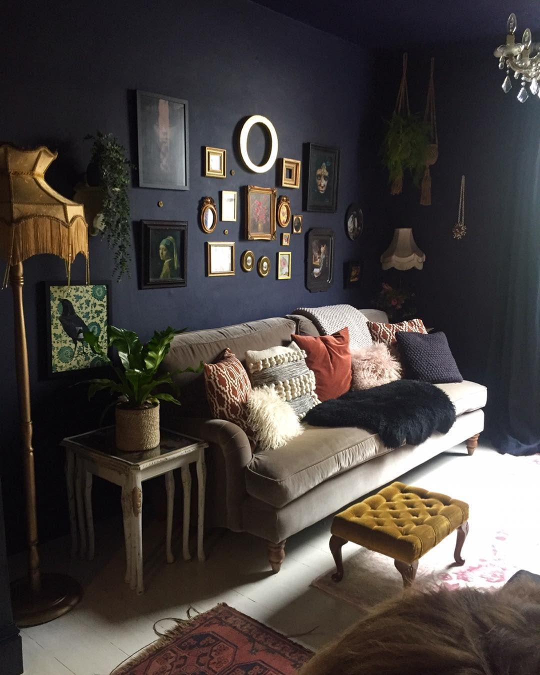 Pin By Hsiddn On Home Decor Dark Living Rooms Living Room Paint Dark Living Room Ideas Dark decor living room