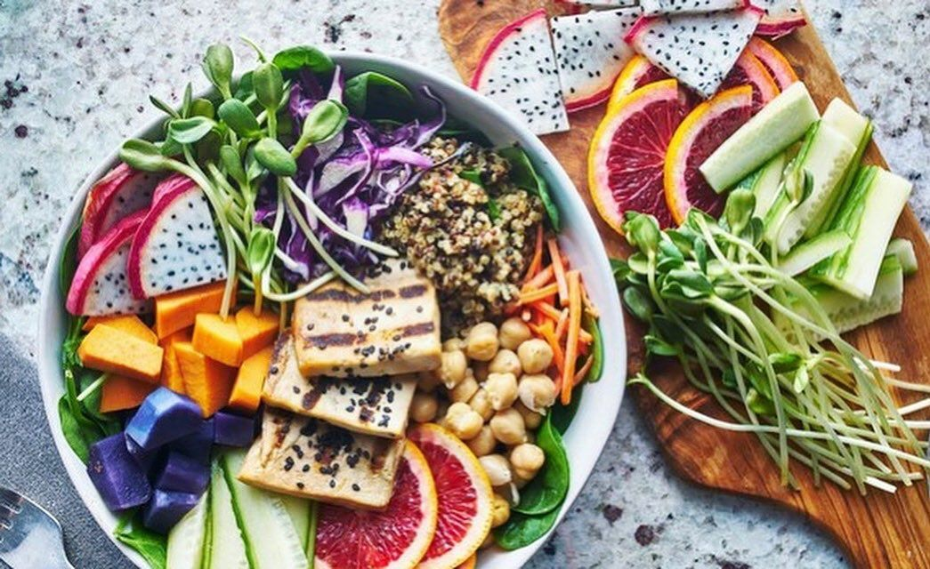 Hoy Además Del Día De Todos Los Santos Queremos Celebrar El Día Mundial Del Veganismo Nos E Diet Soup Recipes Healthy Dinner Recipes Vegetarian Diet