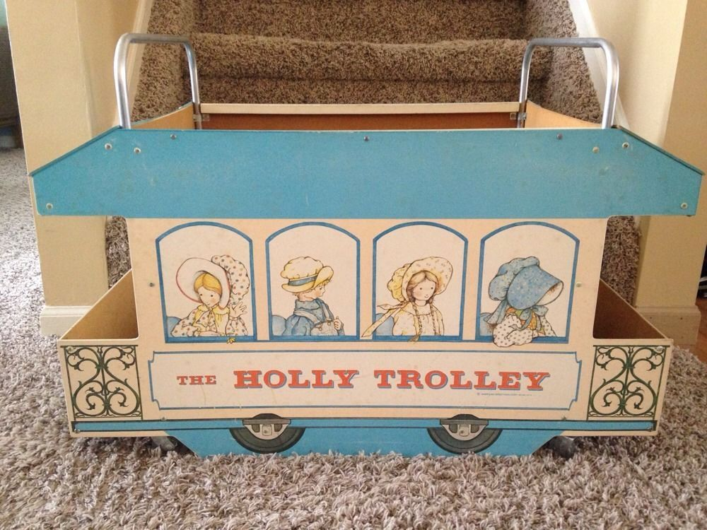 vintage holly hobbie holley trolley toy chest box with wheels handles. Black Bedroom Furniture Sets. Home Design Ideas
