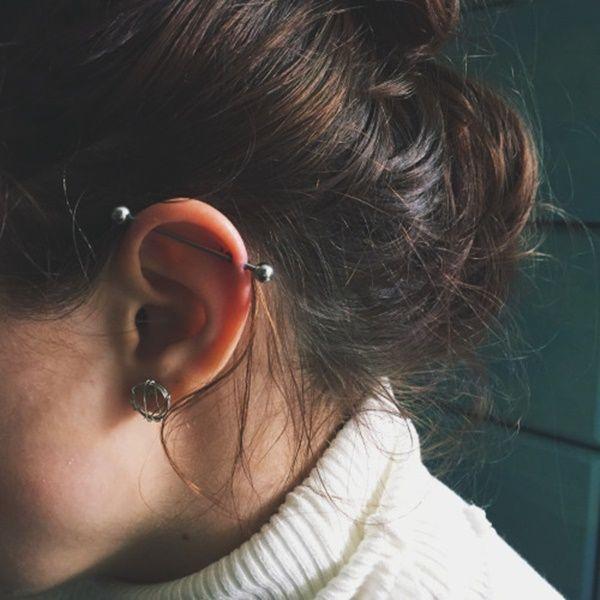industrielle et lobes tatouage piercings piercing oreilles et piercing industriel. Black Bedroom Furniture Sets. Home Design Ideas
