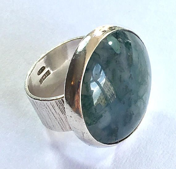 Large 1972 Modernist Hallmarked Silver Moss Agate Ring