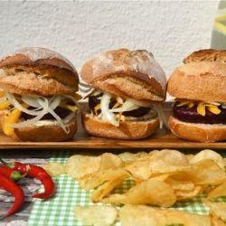 Beet Sliders by improvisingfood
