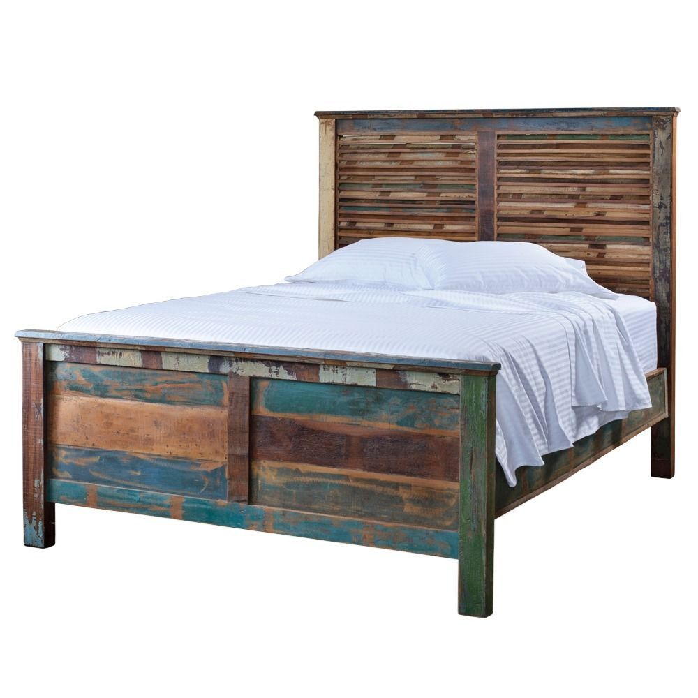Thisweatheredwoodenqueenbedfromindiahasacomfortableand
