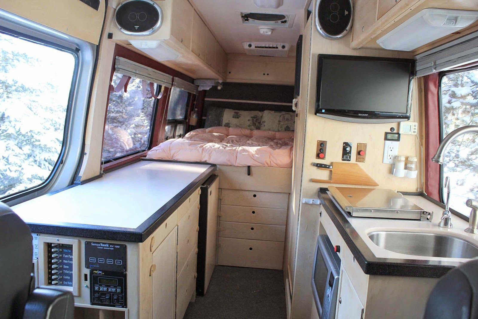 Best 25 sprinter rv ideas on pinterest van rv for Mercedes benz sprinter conversion