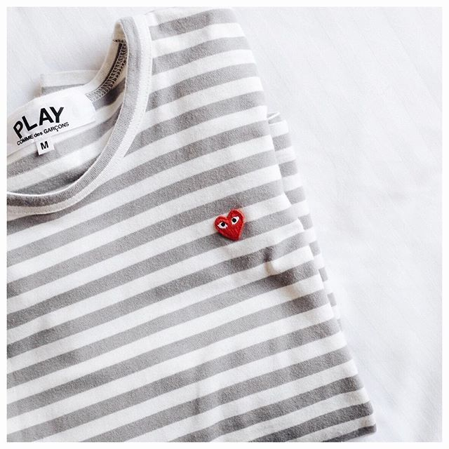 tee shirt converse play