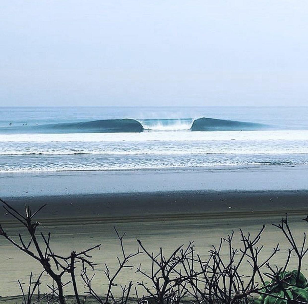 Pin By Ciara Van Der Merwe On Surfing Kite Surfing Surfing Waves Surfing Pictures