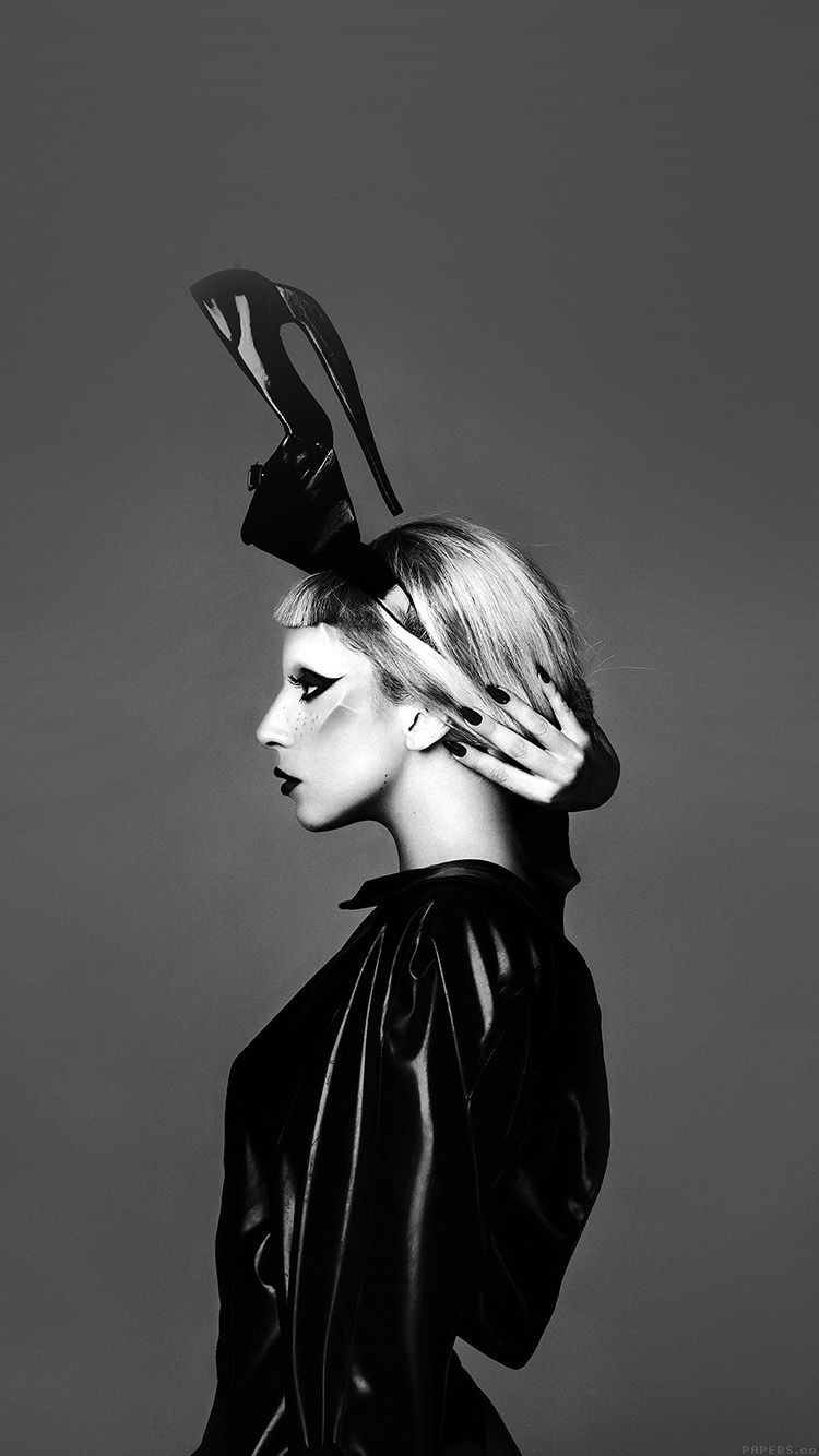 He86 Lady Gaga Dark Mariano Vivanco Photo Music In 2020 Lady