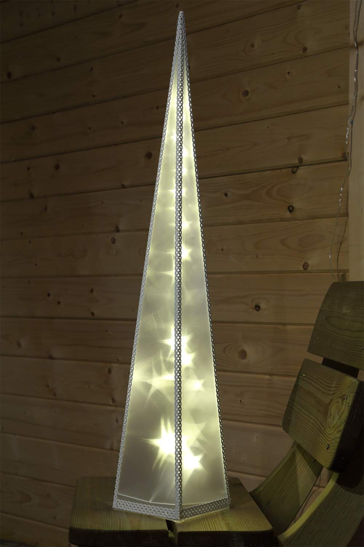 Weihnachtsbeleuchtung Fenster Pyramide.Pyramide Für Weihnachtsdeko Fenster Oder Am Boden Stehend Die