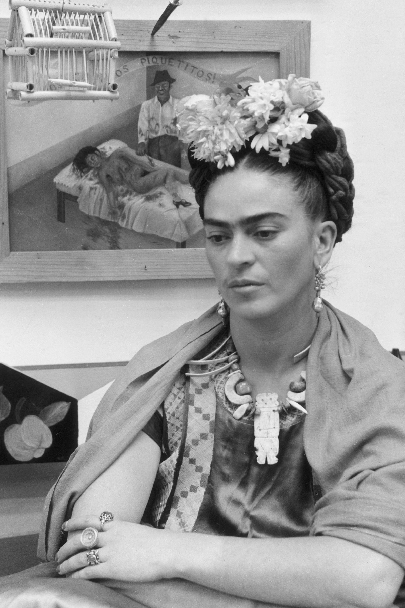 Frida kahlo a life in photos harpersbazaar com