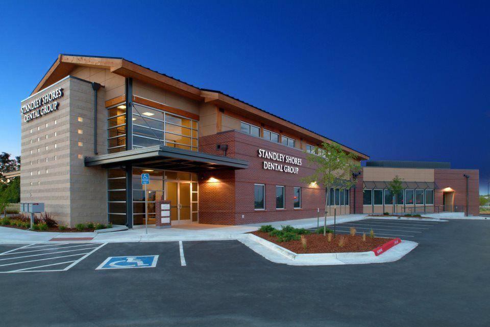 Standley shores dental group for Dental office exterior design