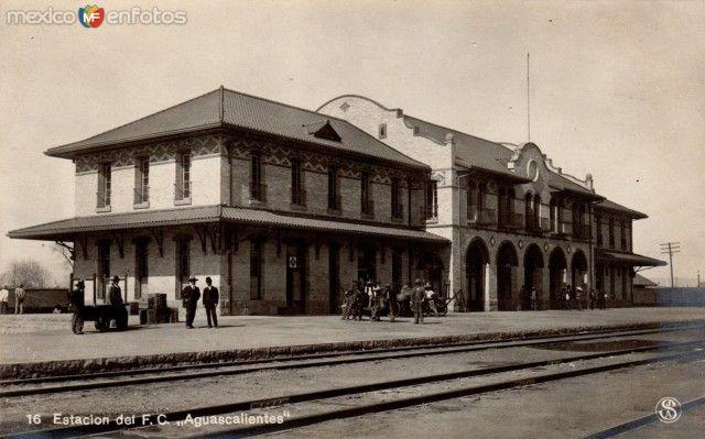 Estación del Ferrocarril, en la ciudad de Aguascalientes (c. 1940).