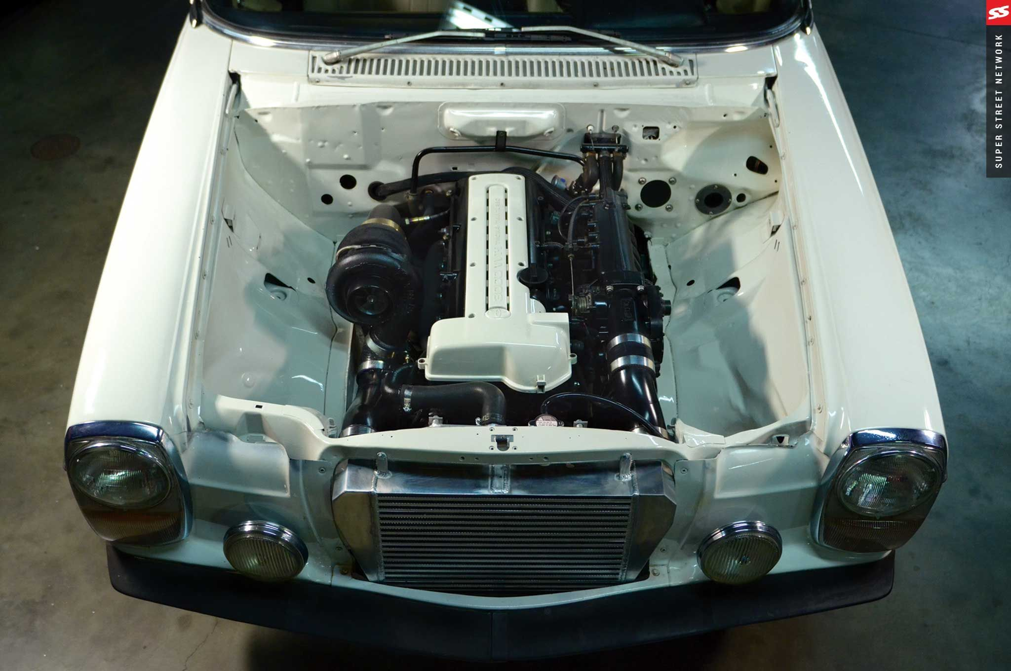 2jz Engine Fitted Into A W115 Mercedes 240d Notice How They Reduced The Size Of The Radiator And Pushed It Forward To Mercedes Mercedes W114 Classic Mercedes