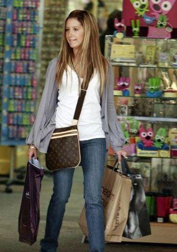 Louis Vuitton Pochette Bosphore Bag  db2715d99e82a
