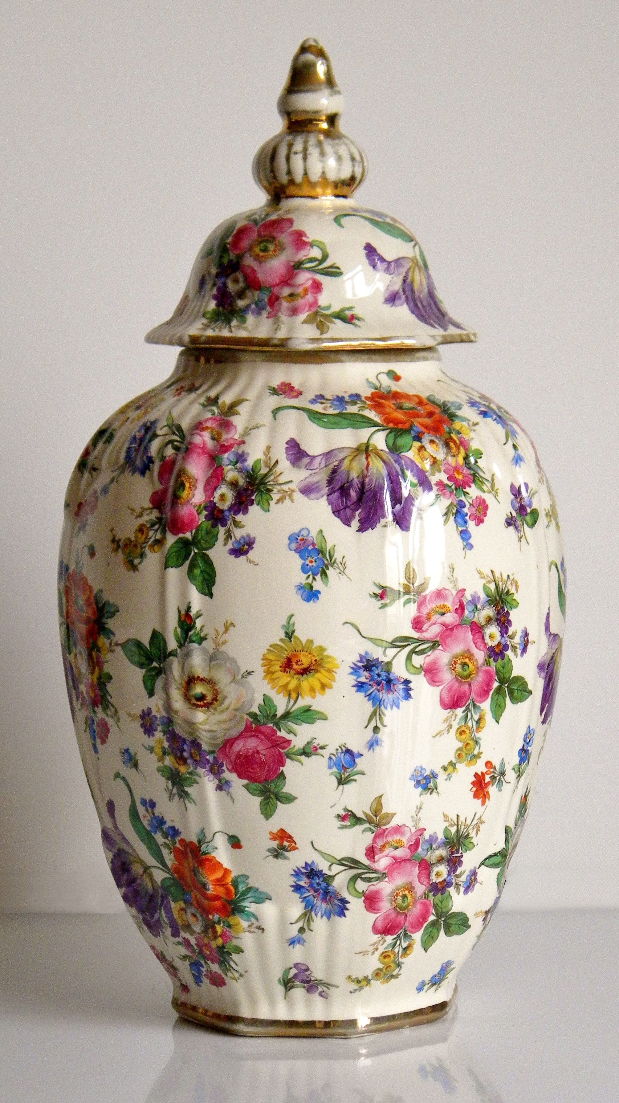 gorgeous vintage shabby chic vase by boch freres. Black Bedroom Furniture Sets. Home Design Ideas