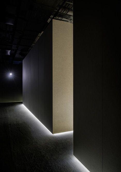 Lit Edges The Silence Room At Selfridges By Alex Cochrane Architects Cream Felt Covering The Walls Floo Hidden Lighting Interior Lighting Light Architecture