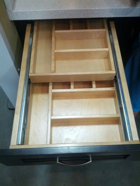 cajon para cubiertos y utensilios con doble nivel y correderas