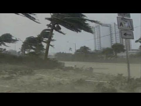 The Science of Hurricanes - YouTube