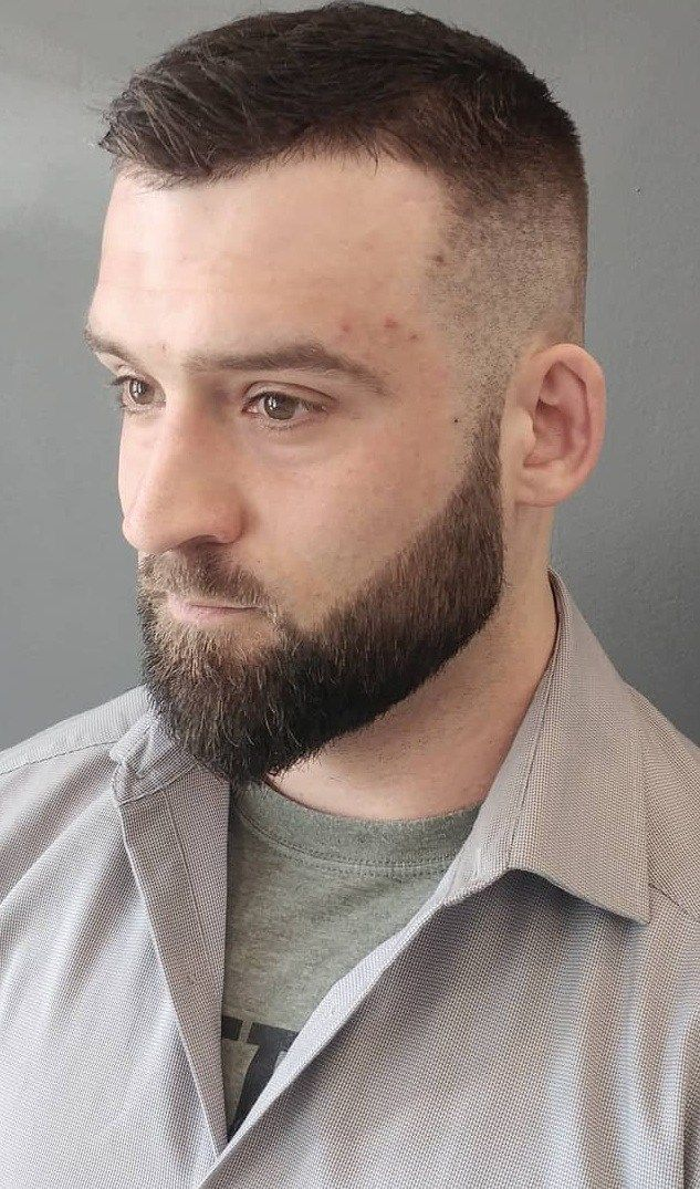 33 Short Haircuts Men Must Definitely Try In 2020 Men S Hairstyle Trends Popular Short Haircuts Short Hair Pictures High Fade Pompadour