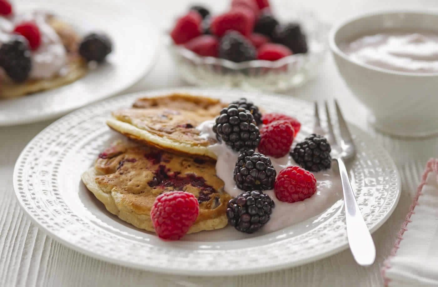 Slimming Recipe Chocolate Pancakes With Summer Berries Tesco Real Food Food 10 Healthy Breakfast