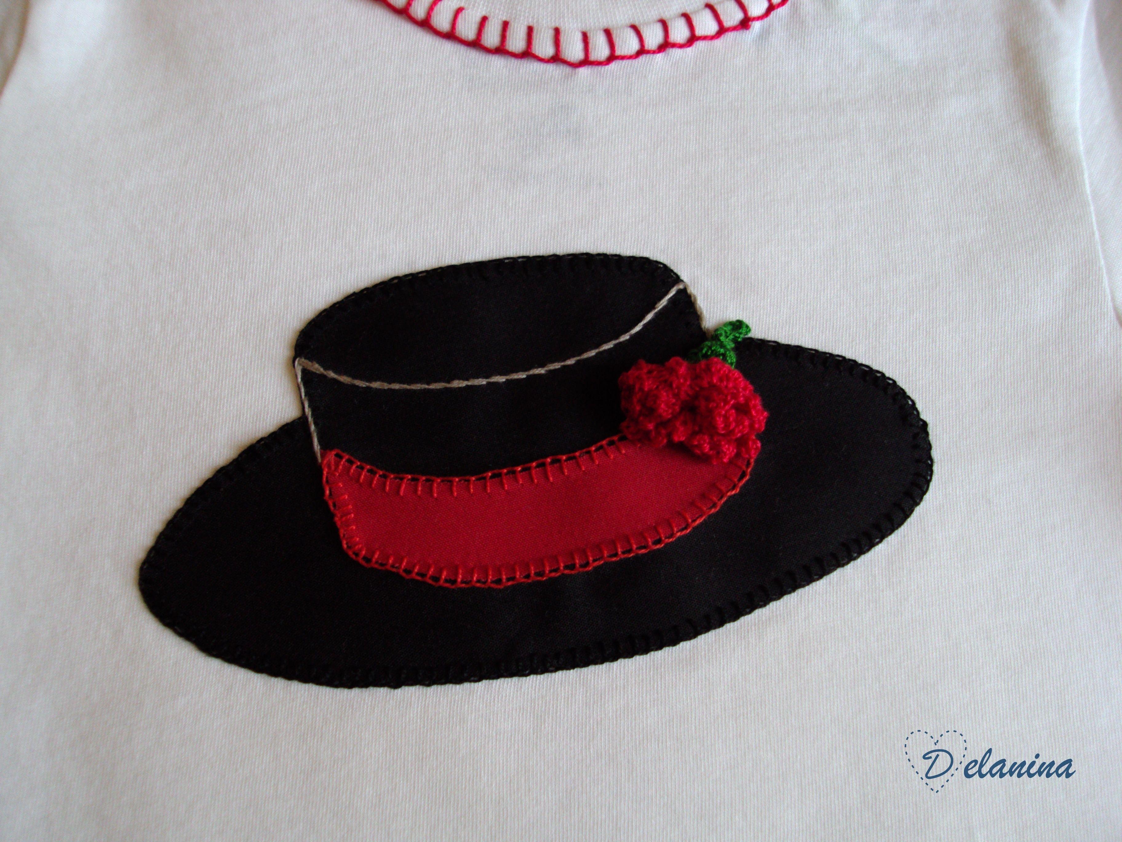 Camiseta sombrero cordobés patchwork Camiseta realizada con aplicaciones en  tela tipo patchwork. 3cd950b1d7e