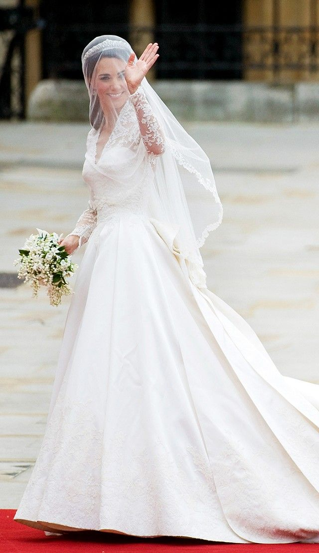 07a515076 18 Best Celebrity Wedding Dresses Of All Time