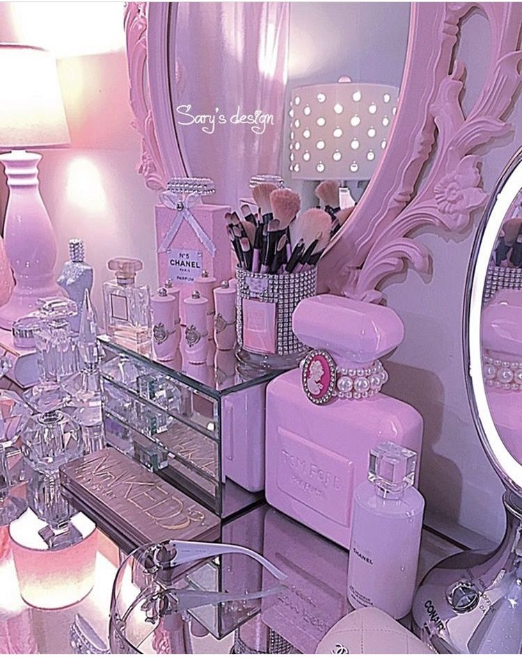 Prinzessinenschlafzimmer, Rosa Schlafzimmer, Make Up Eitelkeiten, Make Up  Vanity Set, Rosa Waschtisch, Schminktisch Ideen, Traum Schlafzimmer,  Traumzimmer, ...
