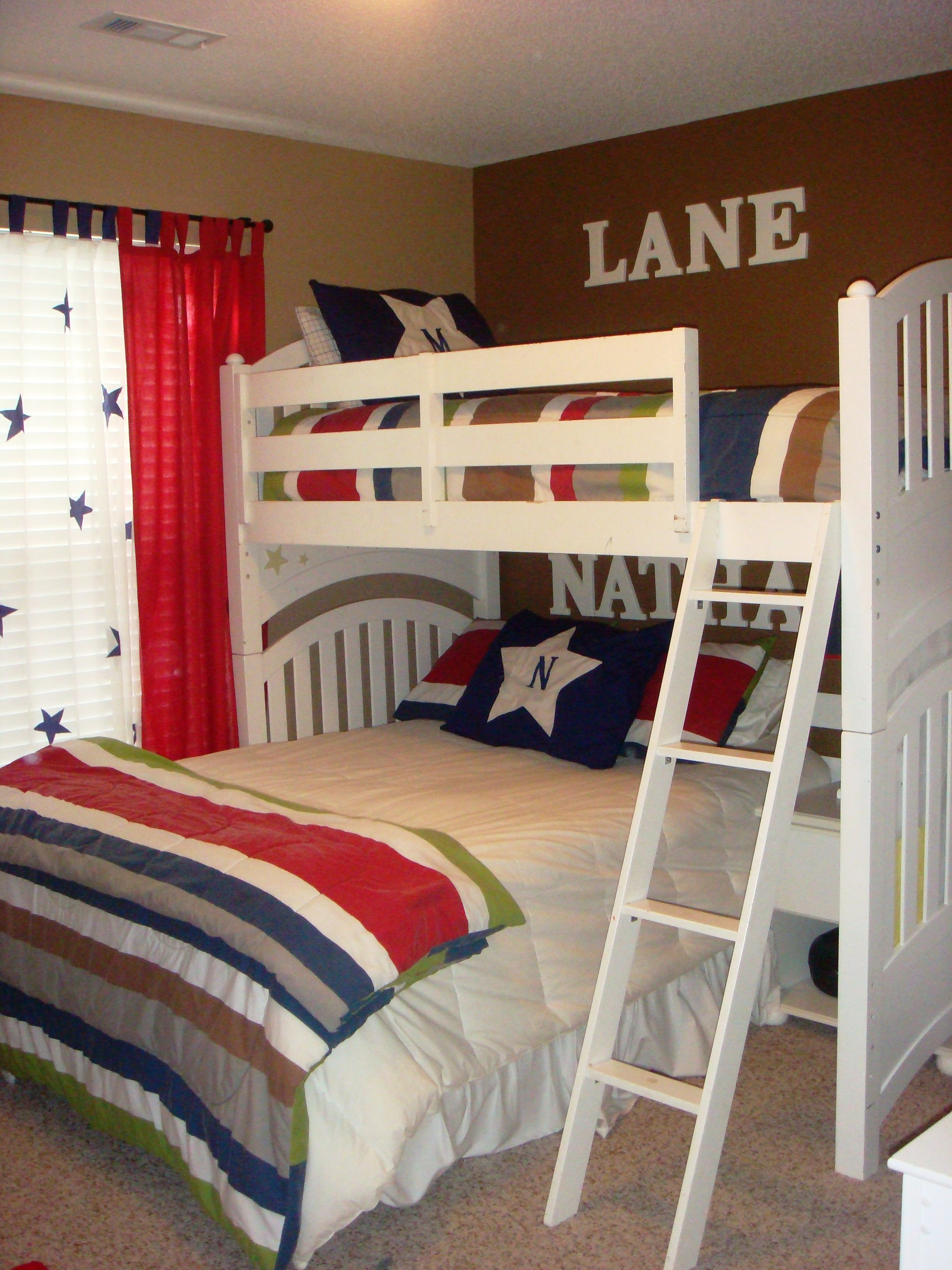 Great Set Up For A Full Size Bed Under A Twin Bunk Kid Room