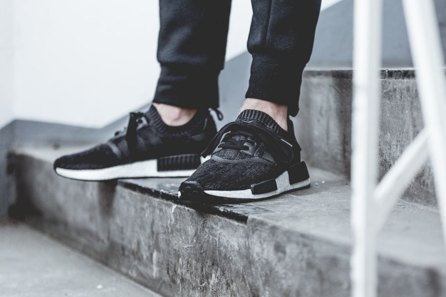 adidas - NMD_R1 PK Winter Wool - black - BB0679